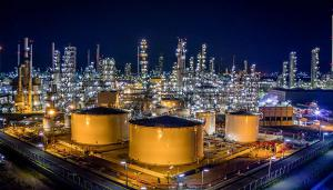 应对疫情下的低油价,这些国际油气巨头开始勒紧裤腰带