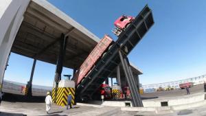 【项目建设】榆能化卸煤设施首台卸车机试车成功