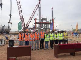 东华科技陕煤乙二醇项目DMO装置核心设备DMO反应器顺利吊装