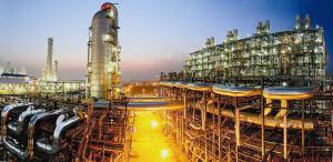 """行业观察   """"新三大炼油中心""""形成"""
