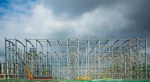 亚洲在建最大智能立体库钢结构安装工程封顶